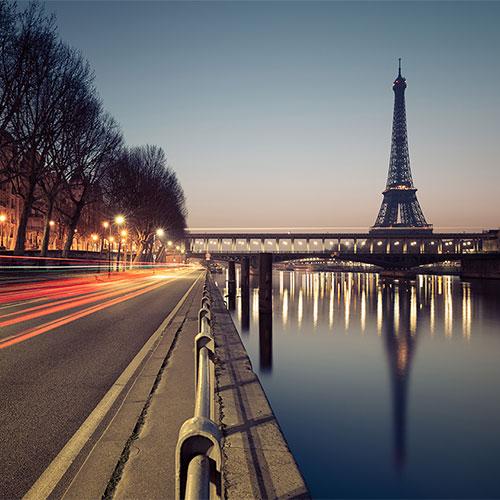 Book cheap flights to Paris