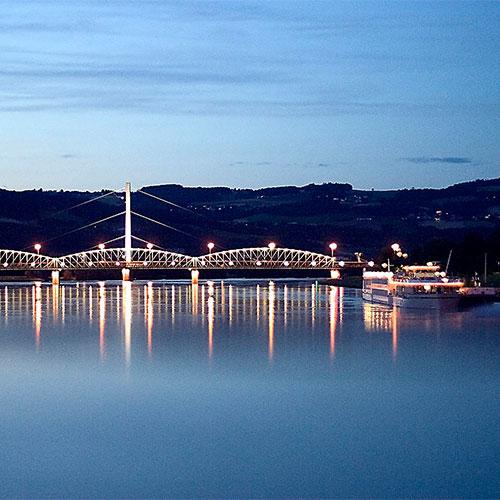 Book cheap flights to Linz, Austria