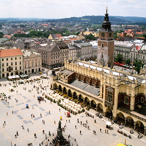 Book cheap flights to Krakow, Poland