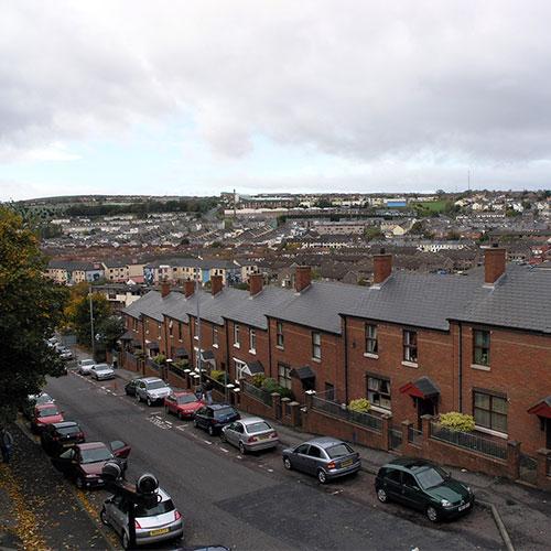 Book cheap flights to Derry, Northern Ireland