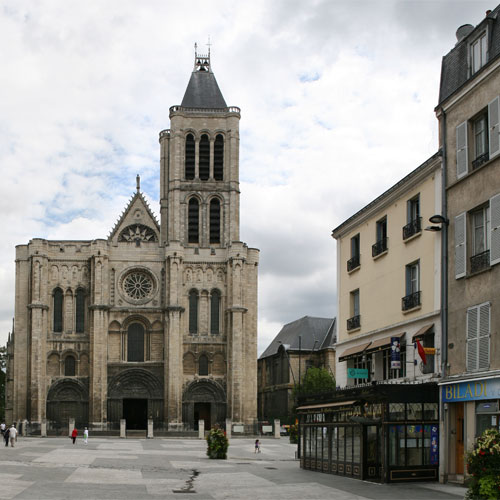 Book cheap flights to Saint-Denis, France