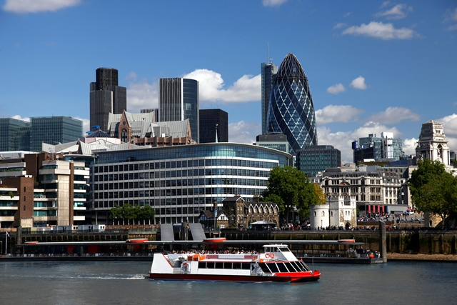 Cruising the River Thames