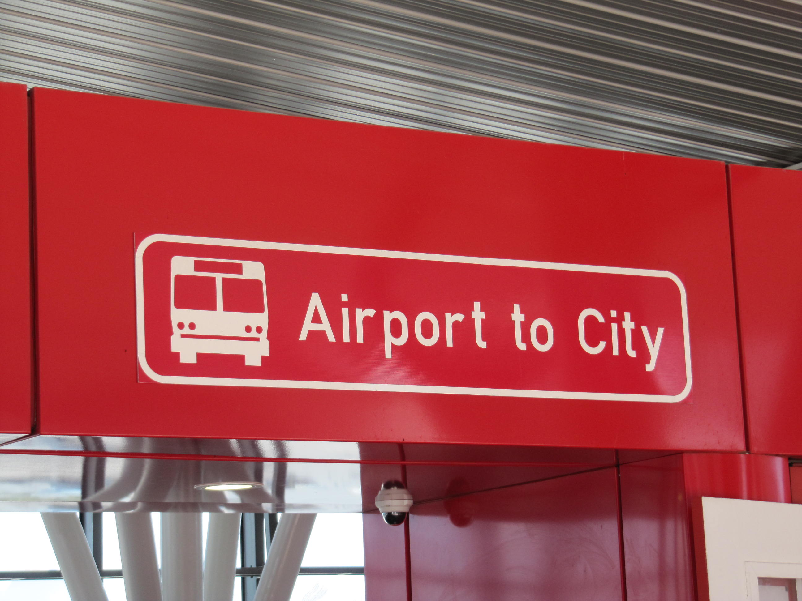 How to get from the Airport to the City in Cape Town