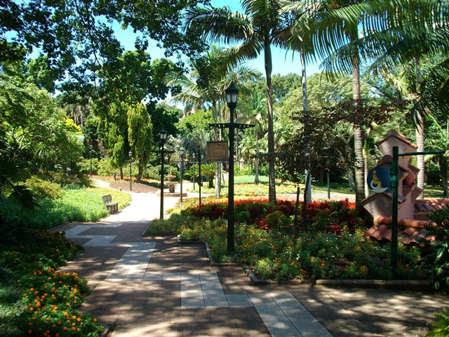 Tranquil Garden Surroundings at Mitchell Park in Durban
