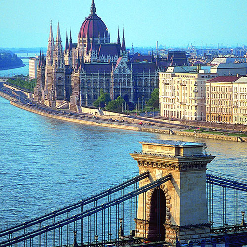 Book cheap flights to Budapest, Hungary