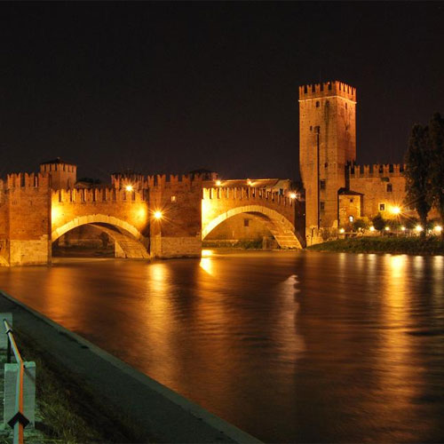 Book cheap flights to Verona, Italy
