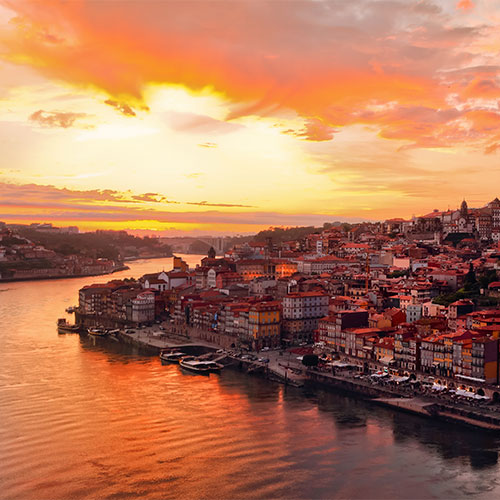 Book cheap flights to Porto, Portugal