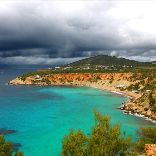 Book cheap flights to Ibiza, Spain