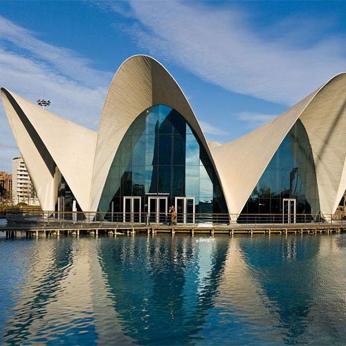 Book cheap flights to Valencia, Spain