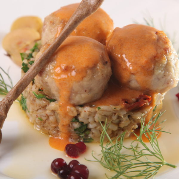 Meatballs In Sauce With Bulgur